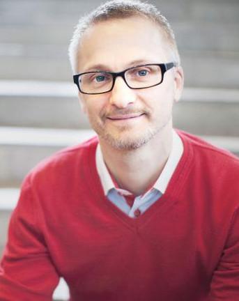Lars E Olsson
